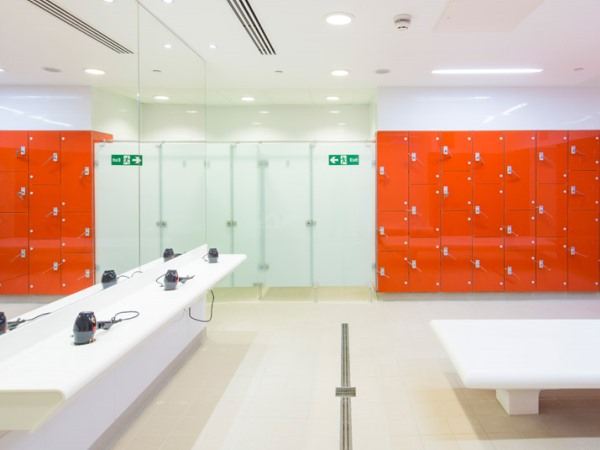 Marathon Glass Lockers Wet